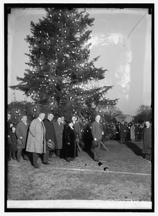coolidge-tree-lighting-1923